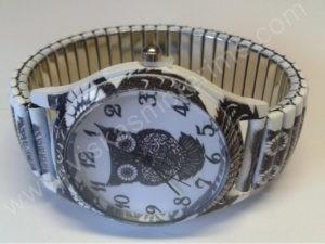 Moteriškas laikrodis Pelėda su spyruokline apyranke iš arčiau