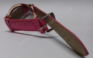 Moteriškas laikrodis su burbuliukais ciferblato viduje rožiniu dirželiu Go Goey - iš galo susegtu dirželiu