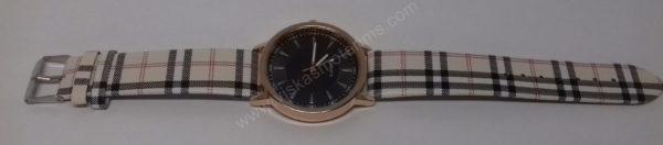 Moteriškas laikrodis su juodu ciferblatu - visu ilgiu