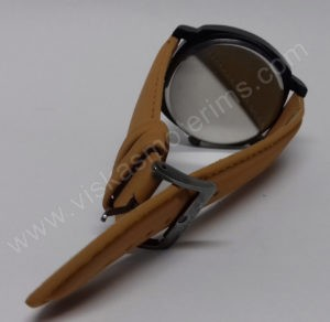 Vyriškas laikrodis Curren baltu ciferblatu ir rudu dirželiu - iš galo