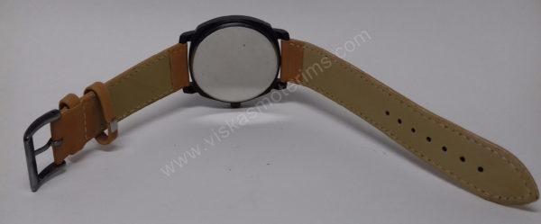 Vyriškas laikrodis Curren baltu ciferblatu ir rudu dirželiu - visu ilgiu iš galo