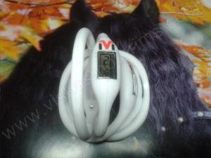 Elektroninis laikrodis silikonine apyranke (baltos spalvos) - iš priekio ir galo