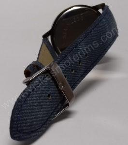 Moteriškas laikrodis mėlynos spalvos džinsine apyranke - iš galo
