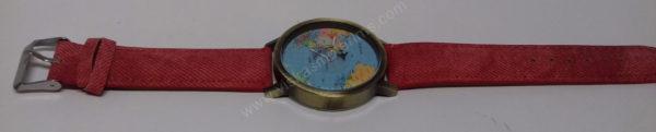 Moteriškas raudonas laikrodis su sekunde lėktuvėliu - visu ilgiu