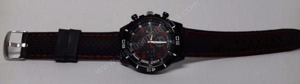 Vyriškas laikrodis sportinis su silikoniniu dirželiu - iš priekio