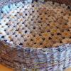 Pintas gultas gyvūnams su gėlėtu kilimėliu - iš šono kartu su kilimėliu