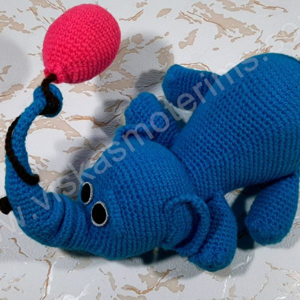 Nertas drambliukas su oro balionu - 01