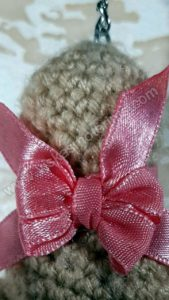 Nerta kreminės spavos pėdutė su rožiniu kaspinėliu - 08