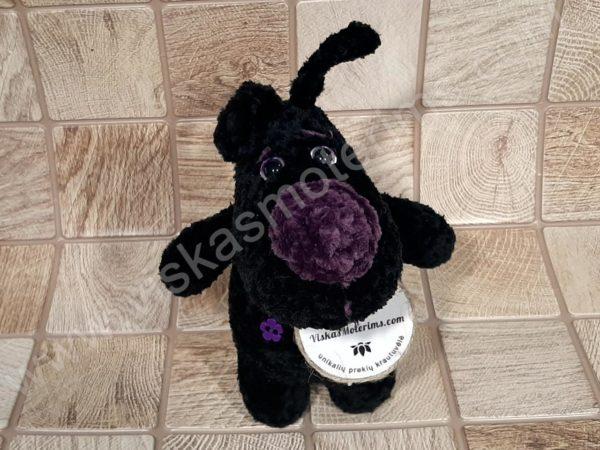 Nertas šuo Filiukas iš pliušinių juodos spalvos verpalų su violetine nosyte - 02